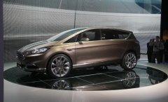 Компания Форд сделала S-MAX куда более роскошнее