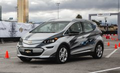 Chevrolet Bolt с автопилотом проходит тестирование